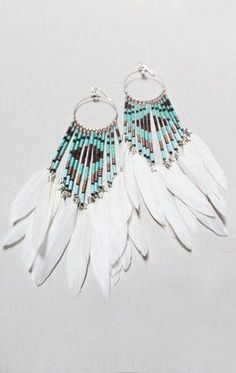 Boho Jewelry I love me some feather earrings - Fine Or Fashion:Fashion Item Type:Anklets Style:Trendy Feather Jewelry, Feather Earrings, Bead Earrings, Boho Jewelry, Beaded Jewelry, Handmade Jewelry, Jewelry Design, Fashion Jewelry, Jewlery