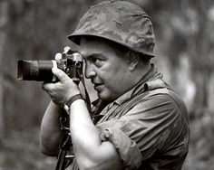 Photojournalist Horst Faas Vietnam War, South Vietnam, Photojournalism, Cambodia, War Photography, Vintage Photography, Taking Pictures, Famous Pictures, Famous Photographers
