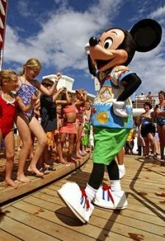 Disney Cruise Tips i.e. board early, wear your swimsuit, bring a packed lunch to avoid crowds on day 1- to see before kids get to old to enjoy