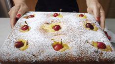 Nadýchaný jogurtový koláč s čerešňami pre zaneprázdnených: Netreba nič šľahať, len zmiešate a upečiete!
