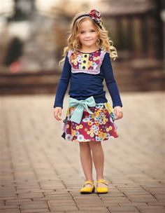 Persnickety Double Dutch Fall 2016 collection Jaycie Skirt girls and tween boutique floral print skirt with triple ruffle back and blue bow tie sash Vestidos Boutique, Boutique Dresses, Children's Boutique, Boutique Clothing, Persnickety Clothing, Floral Print Skirt, Cotton Skirt, Cute Skirts, Fashion Kids