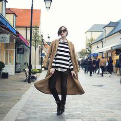 Vintage Coat, Oui Jumper, Oui Shirt, Guess? Jeans, Zara Boots - La Vallé. - Anouska Proetta Brandon