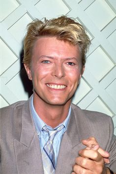 'Lets dance,' - David Bowie - was so shocked to hear about his passing, he was not just a great musician, but one of rock's royalty, a master at re-inventing himself and staying with the times and still managing to sound hip. David Bowie Born, David Bowie Starman, David Bowie Ziggy, David Jones, Happy Friday, Mtv, Bowie Labyrinth, The Thin White Duke, Major Tom
