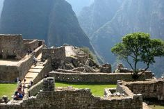 Going to visit- Machu Picchu Travel Guide/ Read about this later...