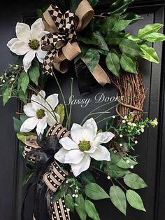 Oh how this lovely magnolia front door wreath will be the envy of friends and neighbors. Boxwood Wreath, Greenery Wreath, Diy Wreath, Grapevine Wreath, Floral Wreath, Fall Wreaths, Mesh Wreaths, Country Wreaths, Magnolia Wreath