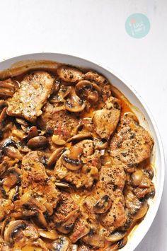 Polędwiczki wieprzowe z pieczarkami Fast Dinners, Cooking Recipes, Healthy Recipes, Food Design, Healthy Choices, Chicken Recipes, Good Food, Food And Drink, Healthy Eating