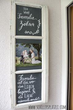 DIY selbermachen T rschild Kreidefarbe lettering alte Fenster chalkboard upcycling Tafelfarbe Sprossenfenster Wooden Projects, Wooden Crafts, Wooden Diy, Diy And Crafts, Diy Projects, Wooden Windows, Old Windows, Wooden Doors, Blackboard Paint