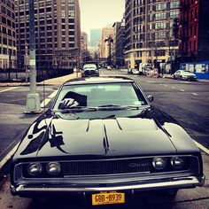 Dodge Charger in the big city :) My Dream Car, Dream Cars, 1968 Dodge Charger, Automobile, Us Cars, American Muscle Cars, Future Car, Car Wallpapers, Amazing Cars