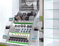 """Check out new work on my @Behance portfolio: """"Tester Stand Oriflame"""" http://be.net/gallery/49095325/Tester-Stand-Oriflame"""