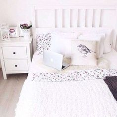 Image via We Heart It https://weheartit.com/entry/158934883 #bed #bedroom #ikea #macbook #pillow #tumblr #white