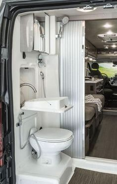 49 DIY RV Bathroom Remodel Ideas On a Budget Yes, It's Possible. The RV have been from time to time those that's very likely to create your trailer more cozy. Interior Trailer, Camper Interior Design, Campervan Interior, Modern Interior Design, Camper Hacks, Bathroom Toilets, Small Bathroom, Bathroom Fixtures, Kombi Home