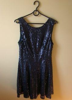 Kup mój przedmiot na #vintedpl http://www.vinted.pl/damska-odziez/sukienki-wieczorowe/10431312-niebieska-sukienka-z-cekinami-new-look