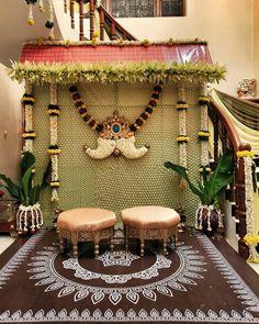 Desi Wedding Decor, Wedding Hall Decorations, Backdrop Decorations, Flower Decorations, Background Decoration, Decoration Party, Backdrops, Engagement Stage Decoration, Marriage Decoration
