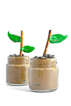 Earth Day Pudding Cups (+ VIDEO) - Fork and Beans