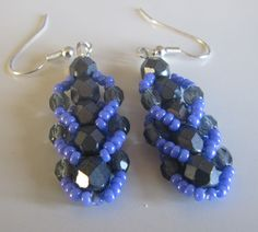 offthebeadedpath - flat spiral stitch earrings ~ Seed Bead Tutorials