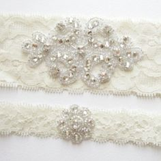Garter - skinny lace. Defiantly the bottom one