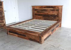 Reclaimed Wood Platform Bed by wwmake on Etsy Woodworking Furniture, Pallet Furniture, New Furniture, Rustic Furniture, Furniture Ideas, Fine Woodworking, Woodworking Projects, Woodworking Nightstand, Discount Furniture