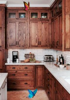 Wood Cabinets in the Kitchen: Making a Comeback - Town & Country Living Wood Cabinets in the Kitchen: Making a Comeback - Town & Country Living<br> Wood cabinets are always a classic choice for a kitchen, but white cabinetry has been winning the popularity contest for the past ten years or so. Farmhouse Kitchen Cabinets, Modern Farmhouse Kitchens, Soapstone Kitchen, Kitchen Countertops, Farmhouse Style, Kitchen Cabinetry, Farmhouse Ideas, Farmhouse Sinks, Kitchen Fixtures