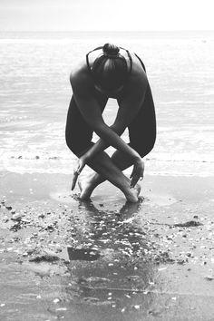 Black and White Yoga  #PartnerYoga