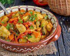 Mijoté de dinde aux poivrons light pour déjeuner minceur : http://www.fourchette-et-bikini.fr/recettes/recettes-minceur/mijote-de-dinde-aux-poivrons-light-pour-dejeuner-minceur.html