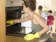Домашние средства для очистки духовки