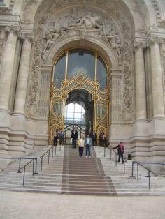 Porta Petit Palais