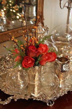 Celebrate the most exciting and cherished holiday of the entire year with Gorgeous Christmas Floral Arrangements that bring nature indoors and set a mood of generosity and appreciation. Christmas Floral Arrangements, Flower Arrangements, Vintage Silver, Antique Silver, Do It Yourself Decoration, Silver Trays, Decoration Table, Family Holiday, Vignettes