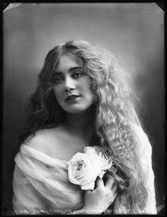 Beatrice von Brunner, 1910  by Bassano