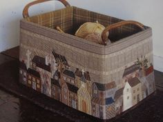 El rincón de Paloma  WOW! OMG! I'M IN LOVE!  I love the basket AND the Houses!