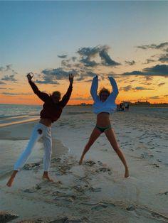 See more of sstonestreet's content on VSCO. Photos Bff, Best Friend Photos, Best Friend Goals, Friend Pics, Summer Pictures, Beach Pictures, Beach Pics, Summer Feeling, Summer Vibes