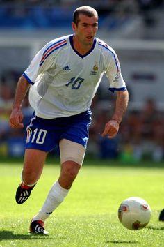 God Of Football, National Football Teams, Football Boys, Zinedine Zidane Real Madrid, Most Popular Sports, All Star, Living Legends, Handsome Boys, Football Players