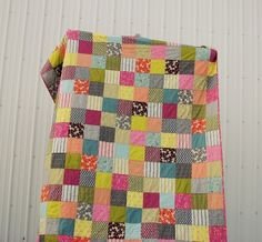 love the colors.. I am obsessed with little&big square quilts!!!