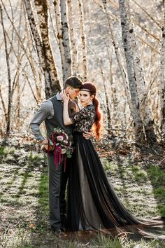 Champion approved autumn wedding decorations click this link here now Edgy Wedding, Gothic Wedding, Forest Wedding, Autumn Wedding, Wedding Couples, Wedding Photos, Dream Wedding, Geek Wedding, Medieval Wedding