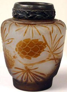 Art Nouveau - Vase 'Pommes de Pin' - Pâte de Verre - Emile Gallé