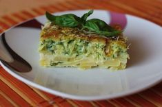 Cuketová pochúťka s hermelínom - Powered by Russian Recipes, Tofu, Quiche, Ham, Zucchini, Food And Drink, Low Carb, Healthy Recipes, Healthy Food