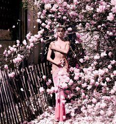 """nice Karlie Kloss em """"Destination Detox"""" por Mario Testino para Vogue US Julho 2013"""