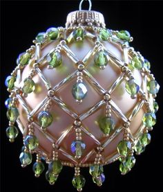 Image from http://www.magment.com/wp-content/uploads/2015/11/Beaded-Christmas-Ornament-10.jpg.