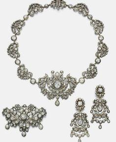 Infanta Luisa Teresa's Diamond Parure