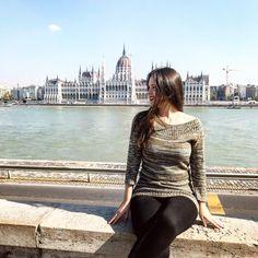 "97 aprecieri, 1 comentarii - Ana •CREATIVE POSTS• (@solnitacuvise) pe Instagram: ""Travel with heart!❤️ #budapest __________________________________ • • • #budapesthungary…"" Instagram Travel, Budapest Hungary, Posts, Heart, Creative, Messages, Hearts"