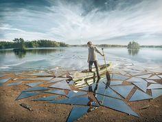 """Yarattığı fotoğraf illüstrasyonları ile tanınan Erik Johansson son çalışmasında tam 17 metrekare ayna kullanarak efsanevi bir fotoğraf karesine imza attı. Sanatçı yarattığı eserine """"Impact&#8…"""