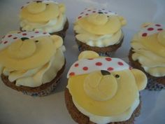 Joanne Waggit used our Teddy Face Cupcake Mould to make these Pudsey Bear cupcakes for Children in Need! Cupcake Mold, Cupcake Cakes, Cupcake Ideas, Children In Need Cupcakes, Karen Davies Moulds, Bear Cupcakes, Face Mold, Cake Decorating Tips, Amazing Cakes
