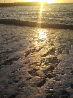Incekum Avsallar Türkei -Wellenspiel in der Abendsonne