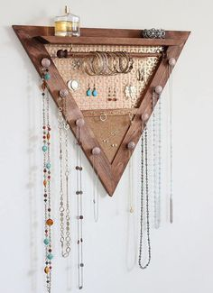 Triangle Jewelry Organizer Wooden Wall Hanging Jewelry - Diy Jewelry Idea # from # . - Triangle Jewelry Organizer Made of Wood Wall Hanging Jewelry – Diy Jewelry Idea # - Diy Jewelry Unique, Diy Jewelry To Sell, Diy Jewelry Holder, Diy Jewelry Rings, Jewelry Hanger, Wooden Jewelry, Trendy Jewelry, Man Jewelry, Jewelry Tray