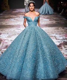 """7,286 mentions J'aime, 28 commentaires - Haute Couture (@instahautecouture) sur Instagram : """"@michael5inco #fashion #hautecouture #style #fashionista #chic #elegant #fashionblogger #beautiful…"""""""