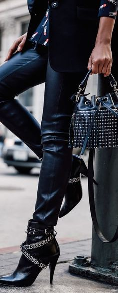 YSL • Street CHIC • ❤️ Curated by Babz™ ✿ιиѕριяαтισи❀ #abbigliamrento