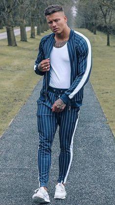 2018 New Men's Autumn Hoodies Tracksuit Set Male Sweatshirt Sweatpants Multi-pocket Fashion Trousers High Street Jackets Sets - Men's style, accessories, mens fashion trends 2020 Rugged Style, Men Looks, Mens Sweat Suits, Sport Tights, Tracksuit Set, Men Street, Men Casual, Sport Casual, Men's T Shirts