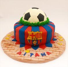 ¿Te gusta esta tarta?  ¿Quieres saber cómo la he hecho? Entra y descúbrelo paso a paso.