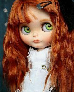 Tengo un cabello precioso y  unos ojos hermosos
