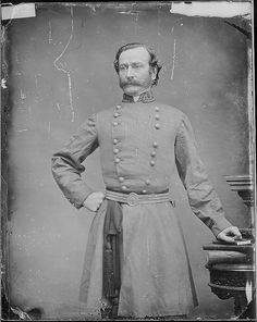General Mansfield Lovell could almost pass for… | 10 Civil War Generals That Kind Of Look Like Celebrities