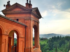 View of rich green hills from the gorgeous Basilica d'San Luca~ Bologna, Italy #Blogville